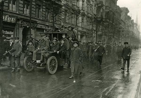 http://cqfd-journal.org/IMG/jpg/berlin-1919.jpg