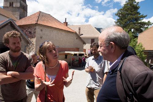 Henri Sterdinyak (à droite) en vacances dans le Trièves. Photo D.R. {JPEG}